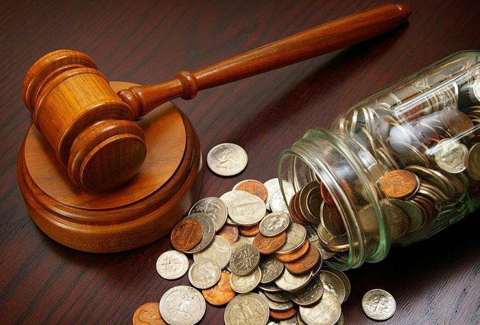 суд с должником