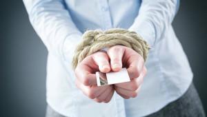 Долги по кредитам – узнать по фамилии, номеру телефона или номеру договора
